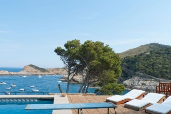 Location villa en Espagne avec piscine privée Luxe Costa Brava