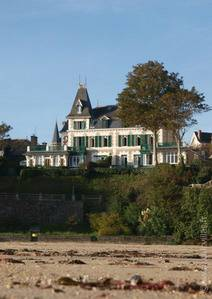 beach property rental france,  beach villa Brittany, exception house france, Les Bains de Mer