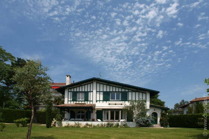 La Luzienne - Location villa de luxe - Aquitaine / Pays Basque - ChicVillas - 1