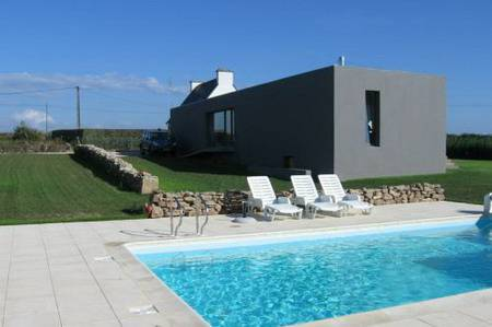 Brittany, holiday villa with heated pool , seaview, France