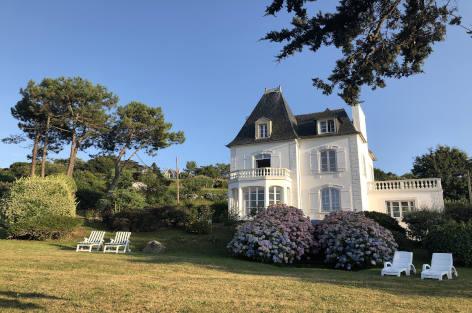 Location villa de charme en bord de mer en Bretagne