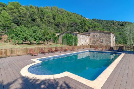 Gérone grande villa à louer avec piscine privée, Catalan Masia