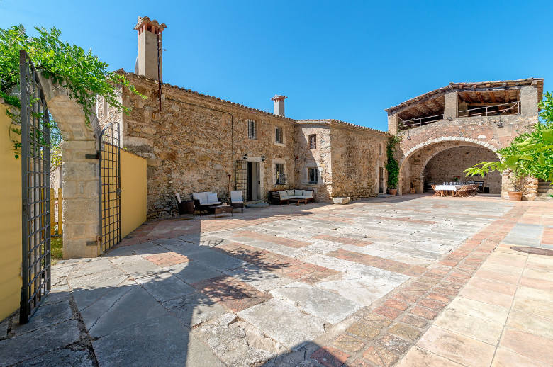 Catalan Masia - Location villa de luxe - Catalogne (Esp.) - ChicVillas - 3
