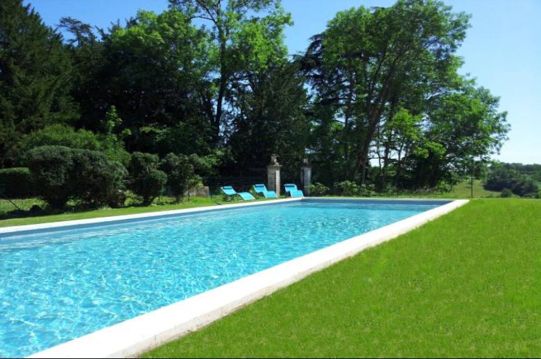 Charentes ou Dordogne - Location villa de luxe - Dordogne / Garonne / Gers - ChicVillas - 2