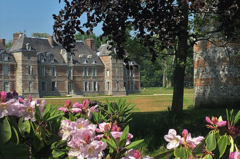 Exceptional château with swimming pool in Normandy, Dream of Normandy