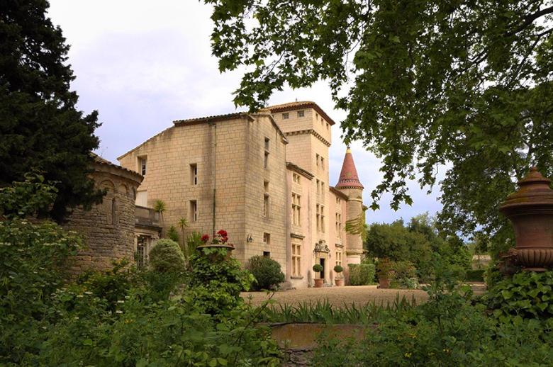 Chateau Esprit Sud - Location villa de luxe - Provence / Cote d Azur / Mediterran. - ChicVillas - 2
