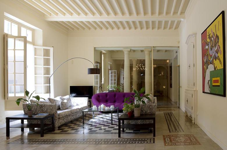 Chateau Esprit Sud - Location villa de luxe - Provence / Cote d Azur / Mediterran. - ChicVillas - 6