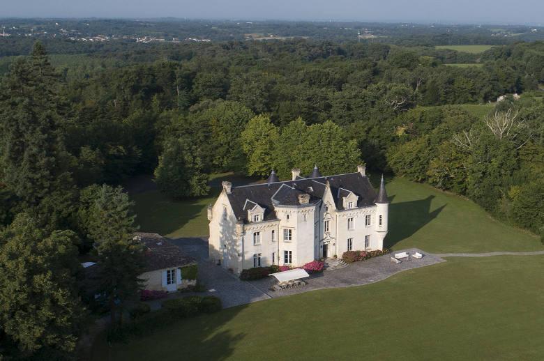 Chateau Heart of Bordeaux - Location villa de luxe - Aquitaine / Pays Basque - ChicVillas - 35