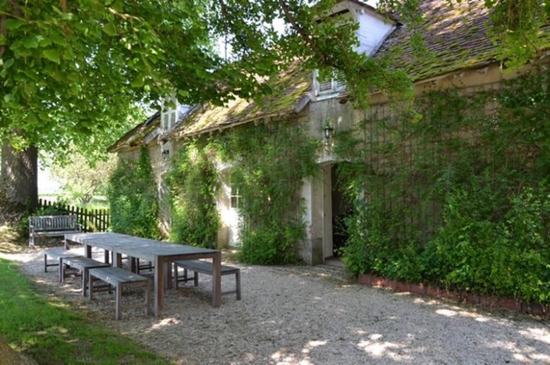 Chateau Les Deux Tours - Location villa de luxe - Paris / Ile de France - ChicVillas - 13