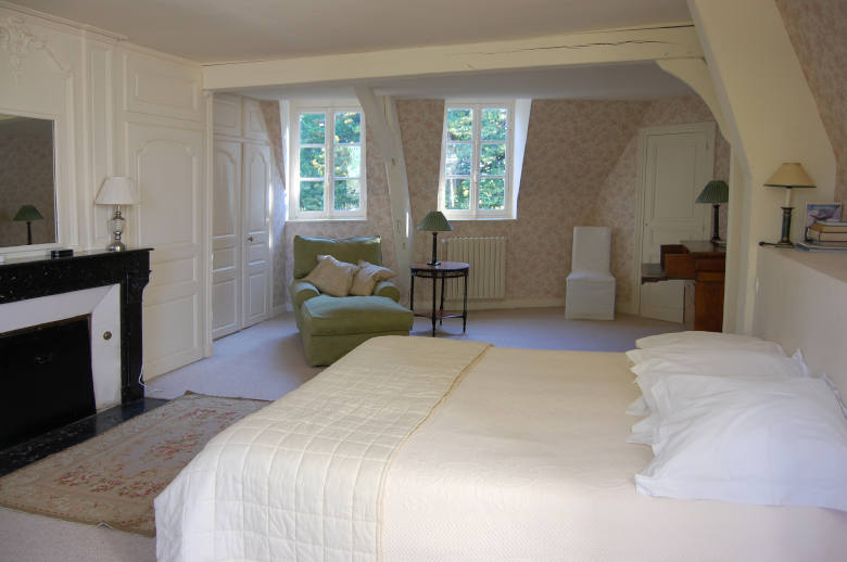 Chateau Les Deux Tours - Location villa de luxe - Paris / Ile de France - ChicVillas - 16