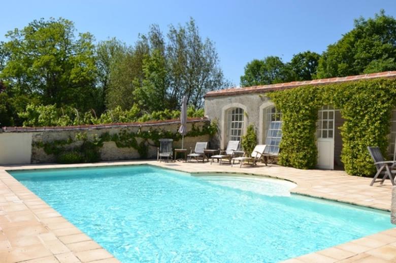 Chateau Les Deux Tours - Location villa de luxe - Paris / Ile de France - ChicVillas - 3