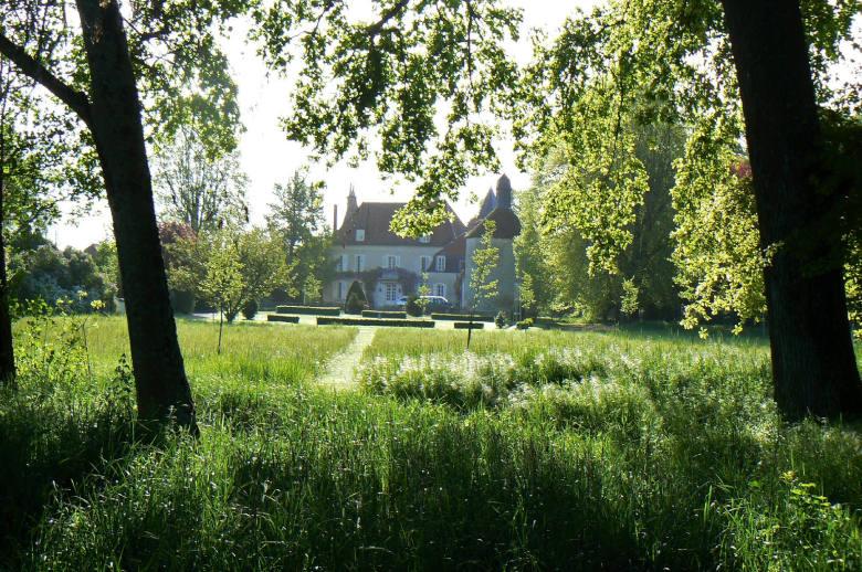 Chateau Les Deux Tours - Location villa de luxe - Paris / Ile de France - ChicVillas - 31