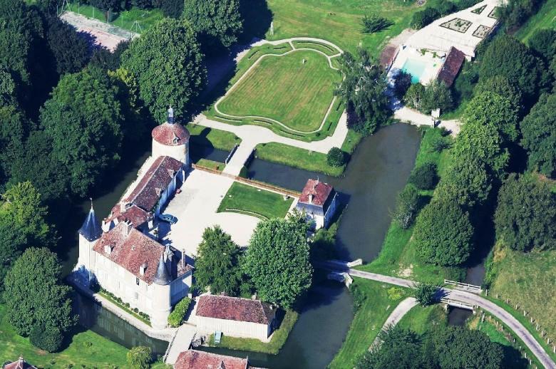 Chateau Les Deux Tours - Location villa de luxe - Paris / Ile de France - ChicVillas - 39