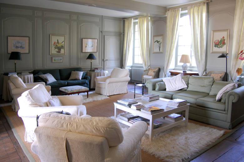 Chateau Les Deux Tours - Location villa de luxe - Paris / Ile de France - ChicVillas - 6