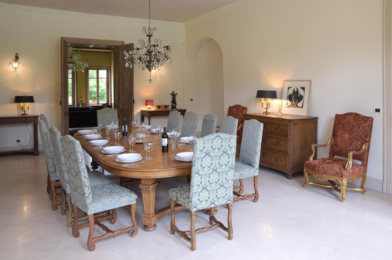 Chateau Les Hauts de Garonne - Location villa de luxe - Dordogne / Garonne / Gers - ChicVillas - 10