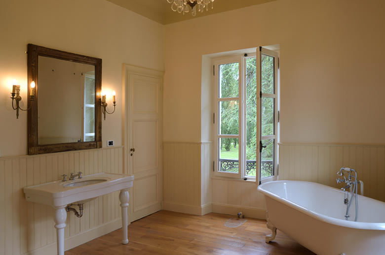 Chateau Les Hauts de Garonne - Location villa de luxe - Dordogne / Garonne / Gers - ChicVillas - 20