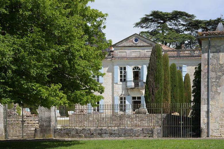 Chateau Les Hauts de Garonne - Location villa de luxe - Dordogne / Garonne / Gers - ChicVillas - 3