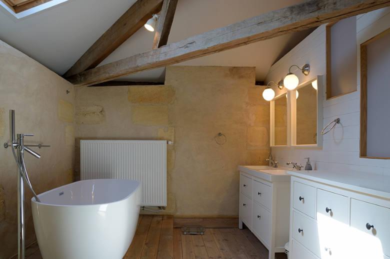 Chateau Luxury Heritage - Location villa de luxe - Aquitaine / Pays Basque - ChicVillas - 36
