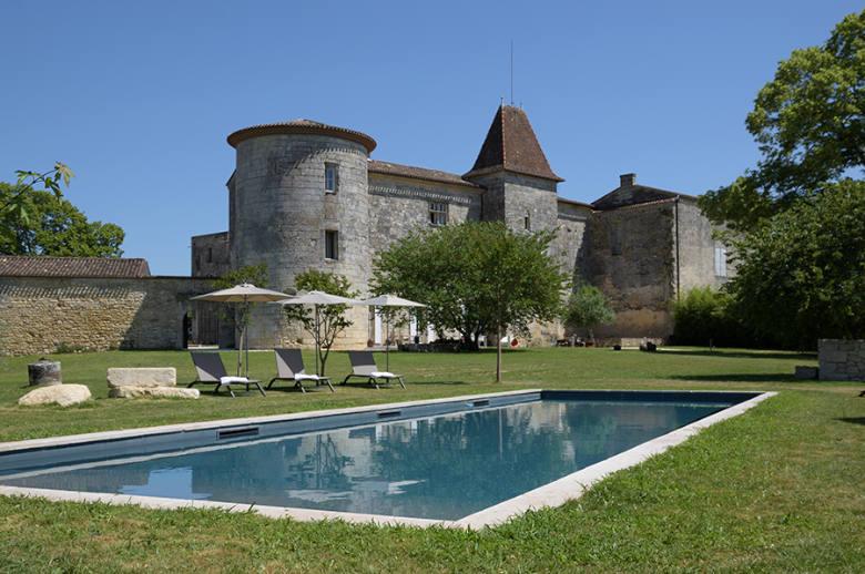 Chateau Luxury Heritage - Location villa de luxe - Aquitaine / Pays Basque - ChicVillas - 4