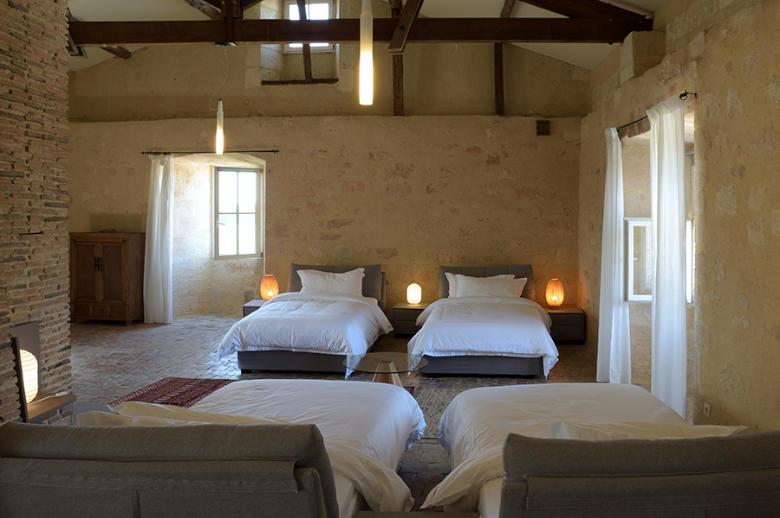 Chateau Wine and Design - Location villa de luxe - Dordogne / Garonne / Gers - ChicVillas - 30