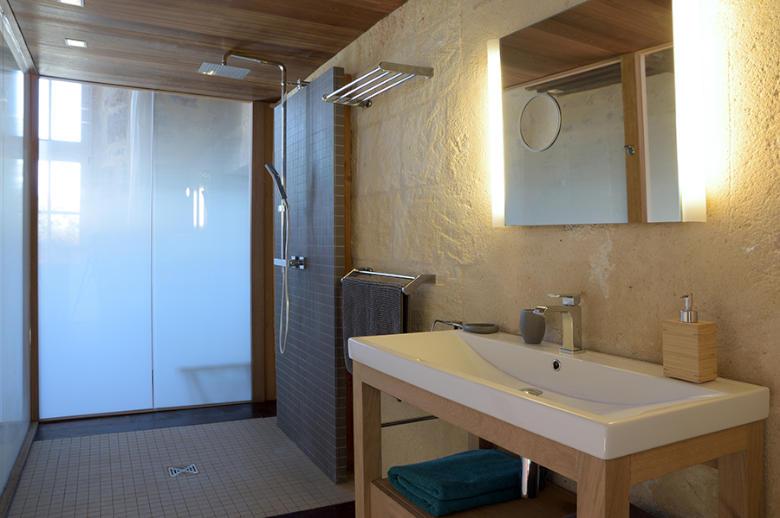 Chateau Wine and Design - Location villa de luxe - Dordogne / Garonne / Gers - ChicVillas - 34