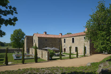Exceptional property rental with swimming pool, Pure Vendée