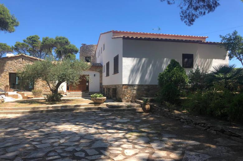 Costa Brava Entre Plages - Luxury villa rental - Catalonia (Sp.) - ChicVillas - 12