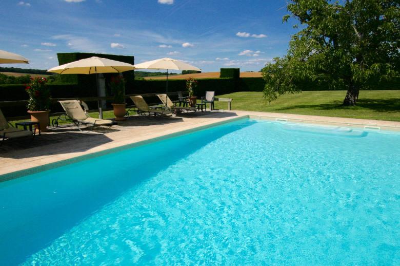 Entre Dordogne et Gironde - Location villa de luxe - Dordogne / Garonne / Gers - ChicVillas - 2