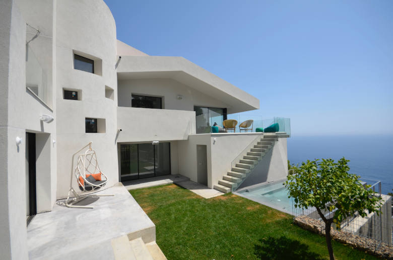 Pure Costa Brava - Luxury villa rental - Catalonia (Sp.) - ChicVillas - 11