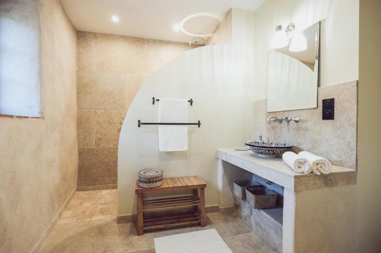 Pyrenees ou Mediterranee - Location villa de luxe - Provence / Cote d Azur / Mediterran. - ChicVillas - 12