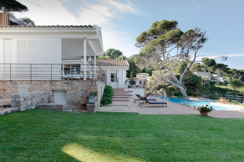 Sa Riera Direct Plage 18 Pers - Luxury villa rental - Catalonia (Sp.) - ChicVillas - 32