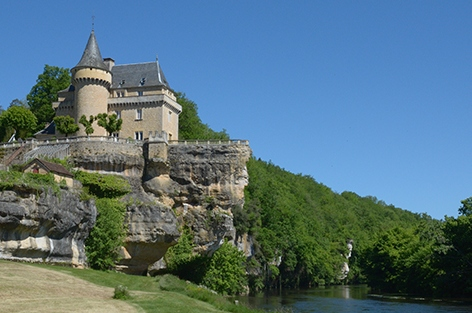 Spirit of Dordogne, beautiful castle to rent in France