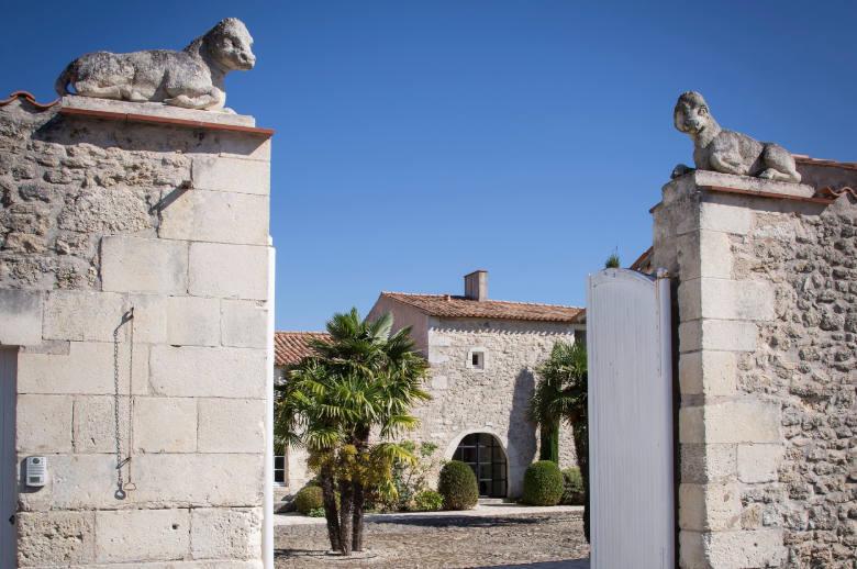 Un Chateau Secret - Luxury villa rental - Vendee and Charentes - ChicVillas - 2