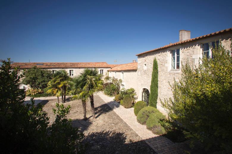 Un Chateau Secret - Luxury villa rental - Vendee and Charentes - ChicVillas - 23