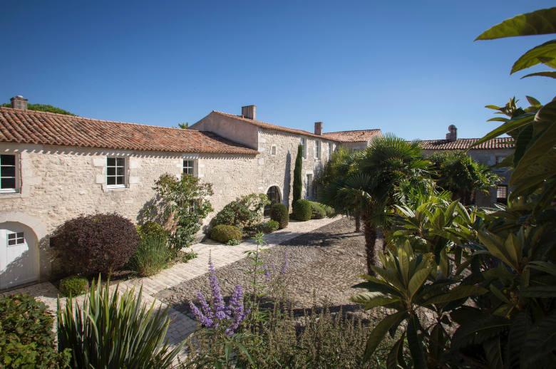 Un Chateau Secret - Luxury villa rental - Vendee and Charentes - ChicVillas - 5