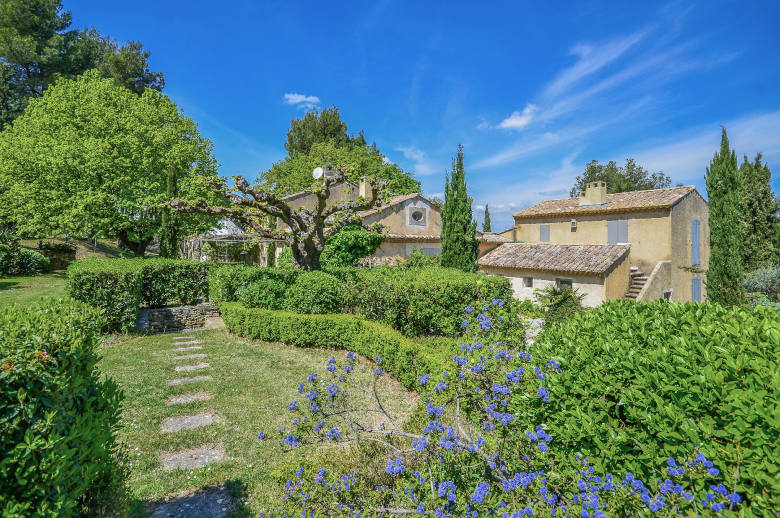 Un Mas en Provence - Luxury villa rental - Provence and the Cote d Azur - ChicVillas - 1