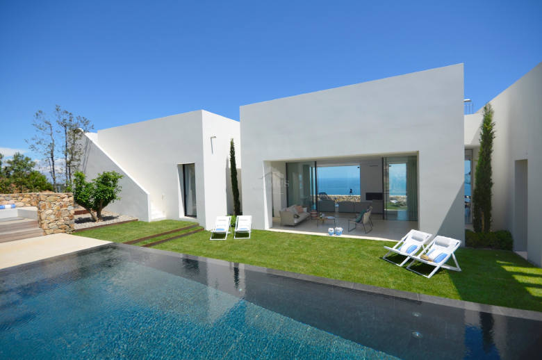 White Costa Brava - Location villa de luxe - Catalogne (Esp.) - ChicVillas - 3