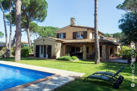 Lovely rental villa near Palamos