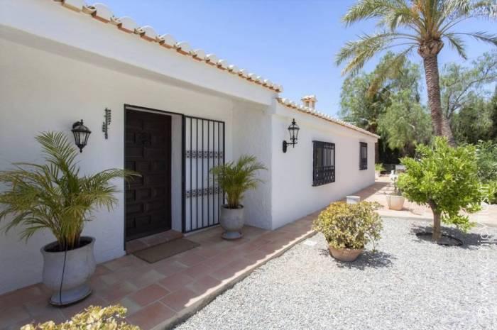 Ambiance Costa Blanca - Luxury villa rental - Costa Blanca (Sp.) - ChicVillas - 3