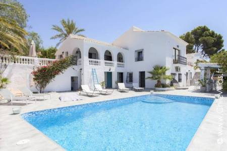 Ambiance Costa Blanca Spanish holiday villa with stunning sea and mountain views