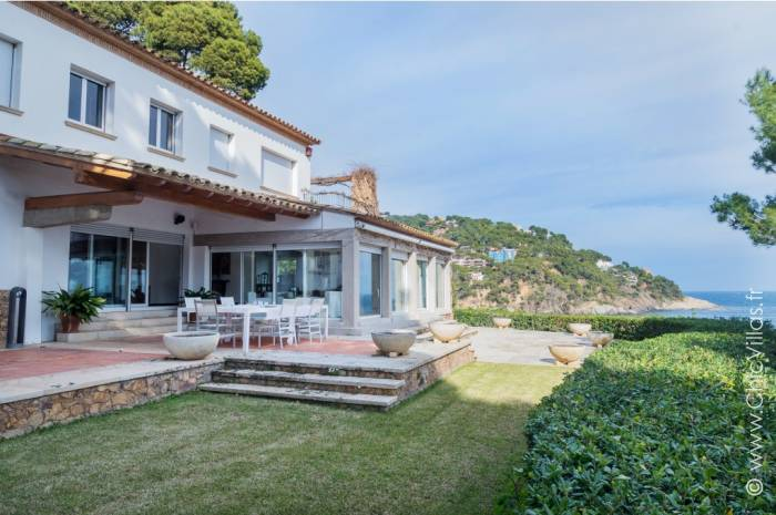 Baia Costa Brava - Luxury villa rental - Catalonia (Sp.) - ChicVillas - 4