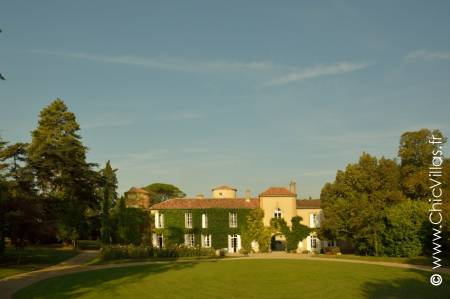 Un Chateau en Armagnac - Luxury chateaux rentals in Dordogne ans South West France | ChicVillas