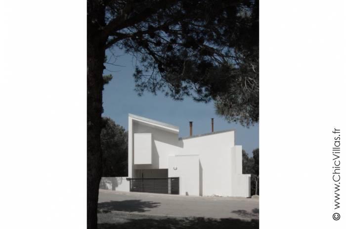 Calas de Costa Brava - Luxury villa rental - Catalonia (Sp.) - ChicVillas - 3