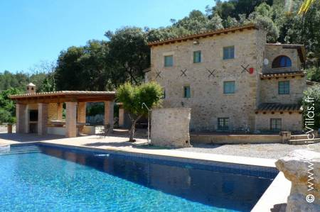 Can Catalonia - Luxury villa rentals with a pool in Catalonia (Spain) | ChicVillas