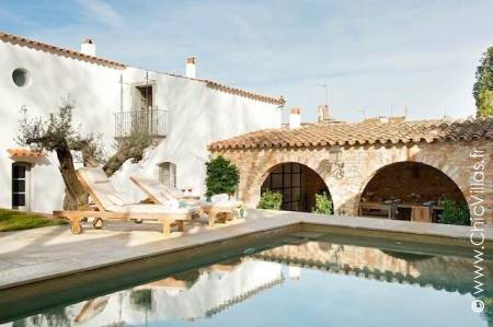 Casa Catalonia - Luxury villa rentals with a pool in Catalonia (Spain) | ChicVillas