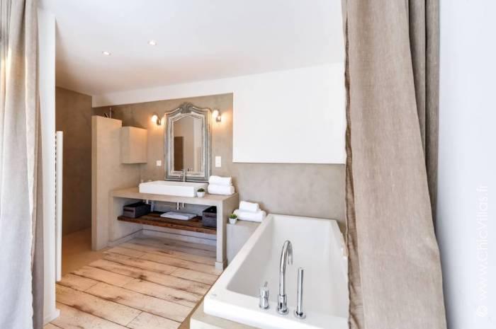 Cerbicale O Chiappa - Luxury villa rental - Corsica - ChicVillas - 13