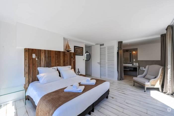 Cerbicale O Chiappa - Location villa de luxe - Corse - ChicVillas - 18