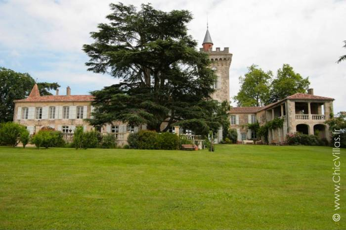 Chateau Heart of Gascony - Location villa de luxe - Dordogne / Garonne / Gers - ChicVillas - 1