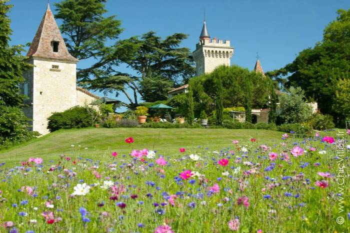 Chateau Heart of Gascony - Location villa de luxe - Dordogne / Garonne / Gers - ChicVillas - 2