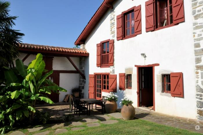 Collines Basques - Luxury villa rental - Aquitaine and Basque Country - ChicVillas - 10